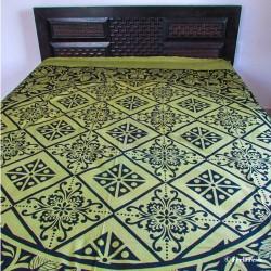 Green flowers Bed Spread