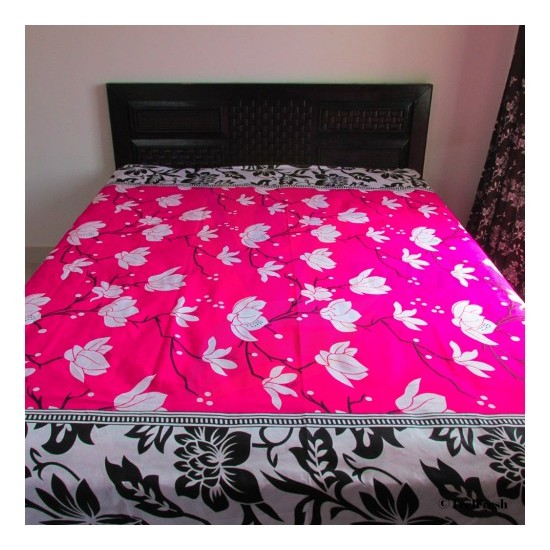 Printed White Flower Bed Spread